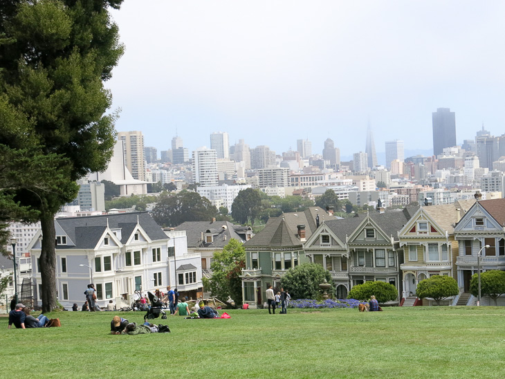 San Francisco Alamo Square Painted Ladies Full House