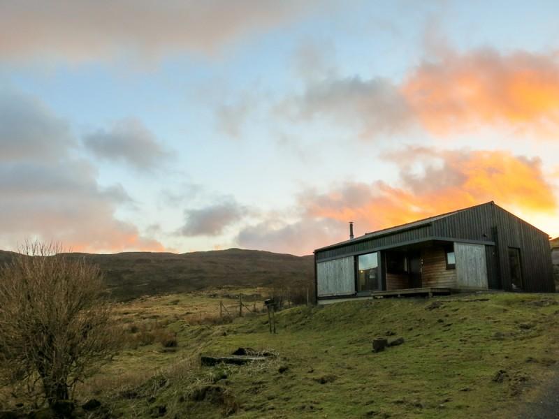 Isle Of Skye Scotland Island Travel Black Shed Dunvegan