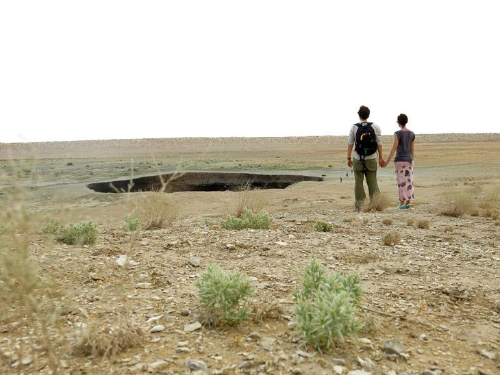 Darvaza crater Turkmenistan