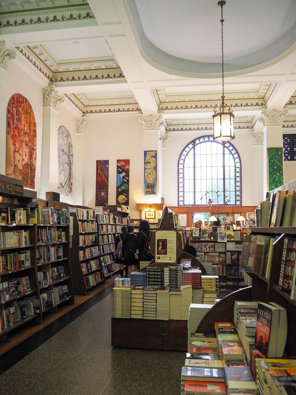 Canada Victoria Vancouver Island Road Trip Munro's Books