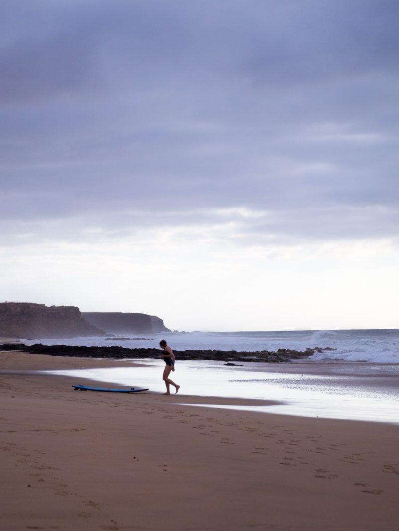 Fuerteventura surfing travel canary islands El Cotillo
